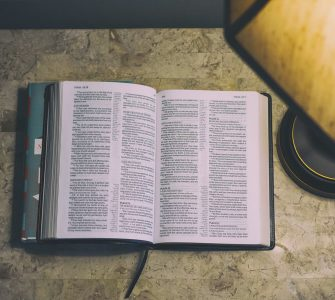 Comment pouvons-nous savoir quelles parties de la Bible s'appliquent à nous aujourd'hui?