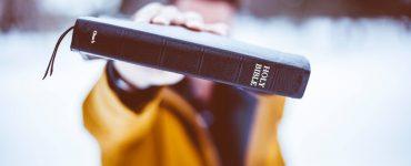 La Bible suffit-elle pour connaître Dieu?